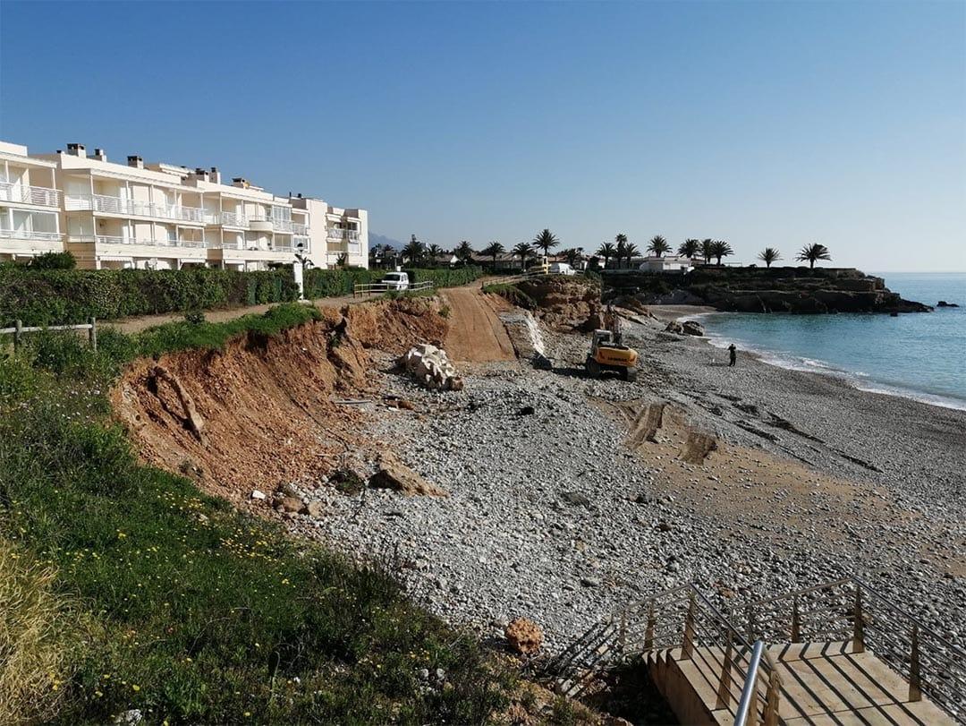 Vinaròs repara els danys causats pel temporal Gloria al litoral
