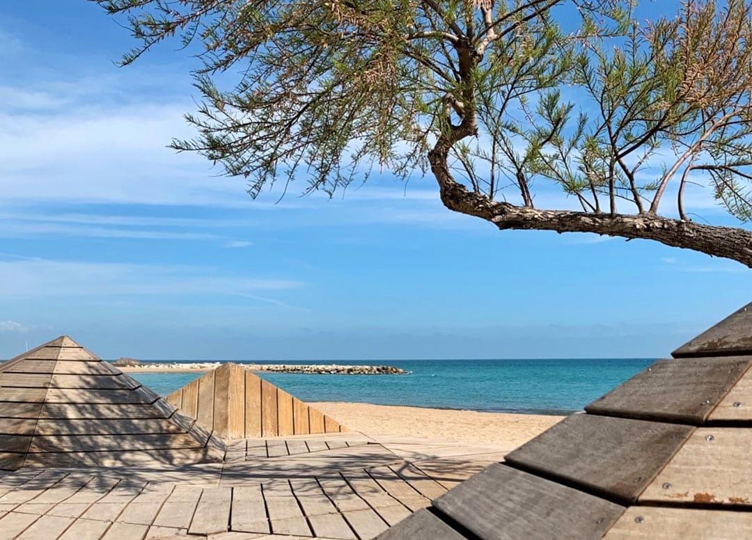 Vinaròs inicia l'adequació del litoral de cara a la temporada turística