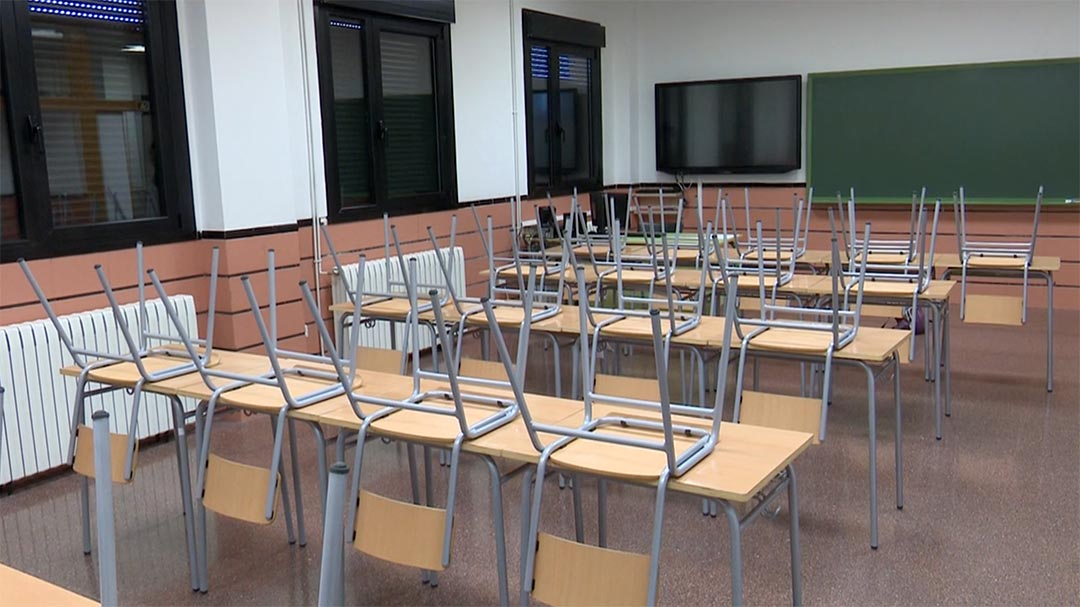 Els instituts es reuneixen amb Conselleria per amanir l'inusual fi de curs