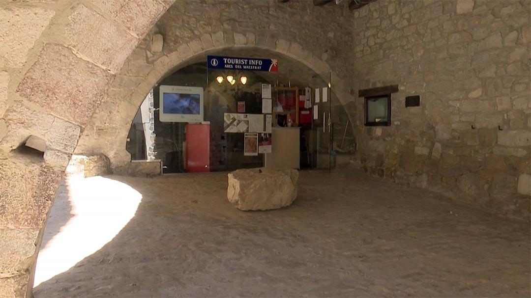 A Ares ja està oberta de nou l'oficina de turisme