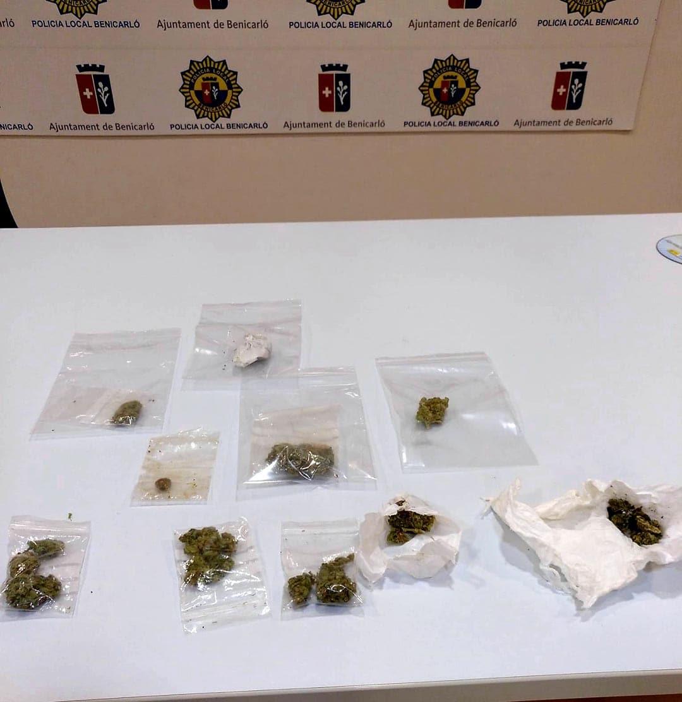 La Policia Local instrueix 4 denúncies per tinença de drogues