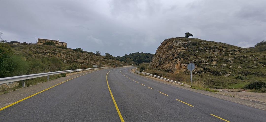 Continua la pavimentació de 12 km a l'N-232 entre Morella i el límit d'Aragó
