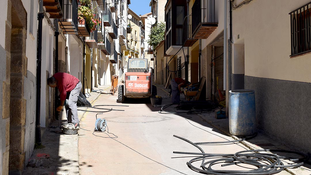 Comencen les obres de millora al carrer Zaporta de Morella