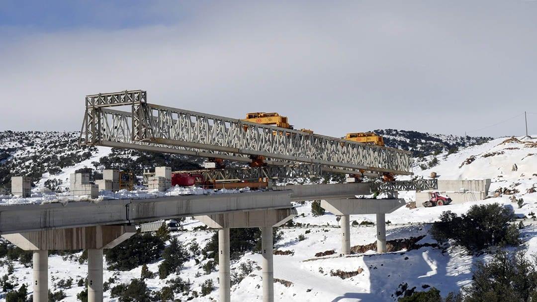 Col·loquen les últimes bigues dels viaductes de l'N-232