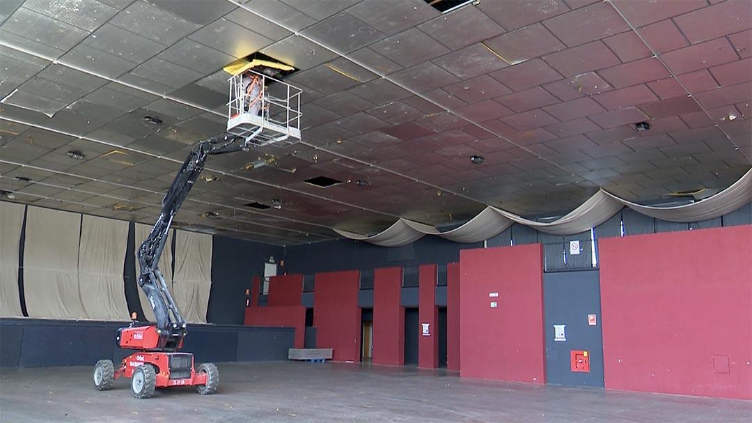 Es preparen les obres del sostre a l'Espai Firal