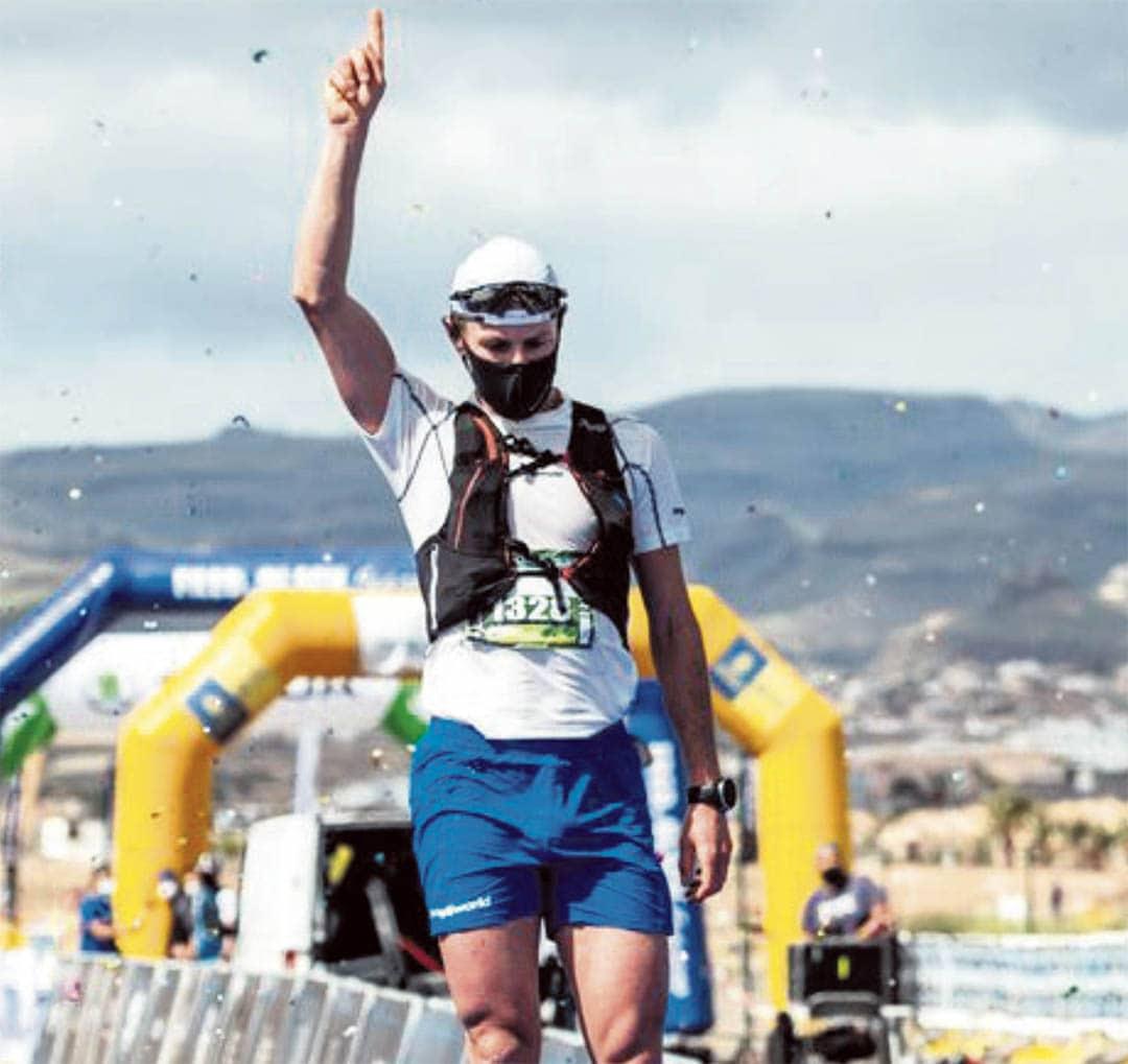 """David Prades es proclama guanyador de la 'Transgrancanària"""" de 65 km"""
