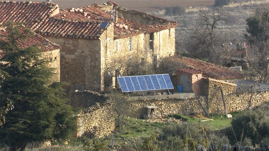 Ares renova la instal·lació de plaques solars