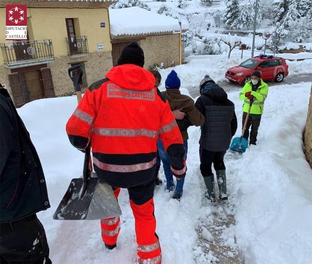 Alerta per la creació de plaques de gel a la carretera